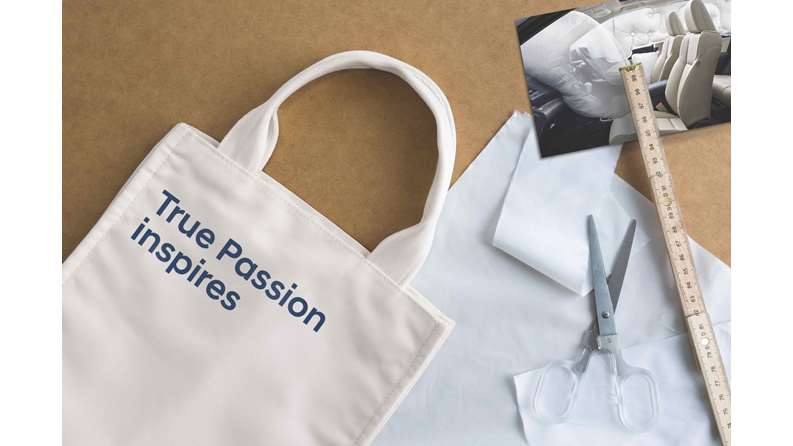 4_FWWC-Museum_True-Passion-eco-bag-made-w-upcycled-airbag-material_low-res.jpg